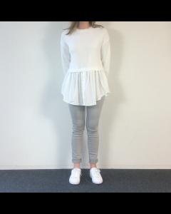 Witte trui met blouse