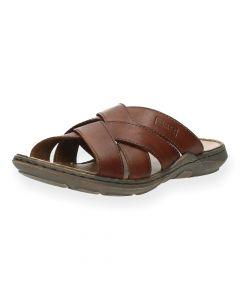 Cognac slippers