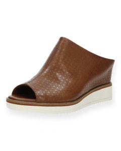 Bruine slippers met sleehak