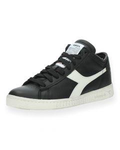 Zwarte sneakers Game