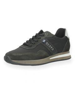 Donkerbruine sneakers