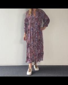 Lila kleed