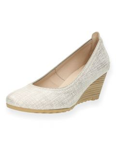 Beige pumps met sleehak