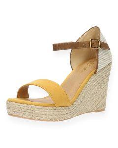 Gele sandalen met sleehak