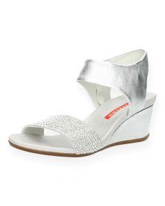 Zilveren sandalen met sleehak