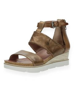 Bronzen sandalen