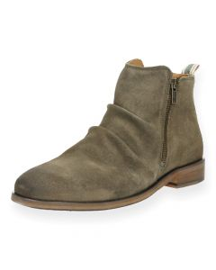 Taupe boots Jeffersons