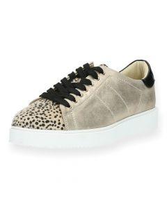 Beige sneakers Vanessa Wu