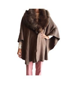Taupe poncho